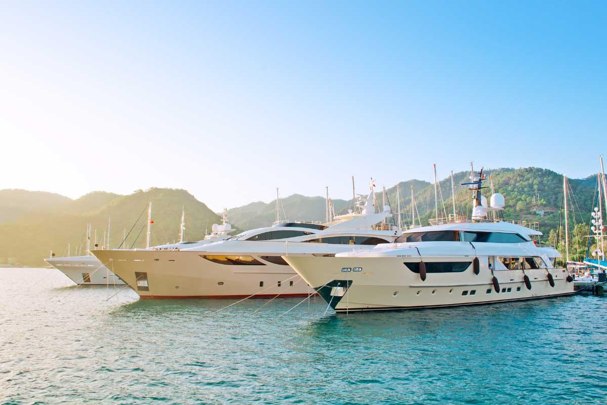 Yacht-Brokerage-Websites